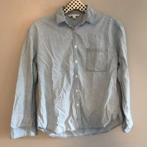 American Eagle Chambray Button Down Shirt